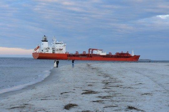 Odfjell ship leaving Moorehead, US. Photo by Charles Leeuwenburg